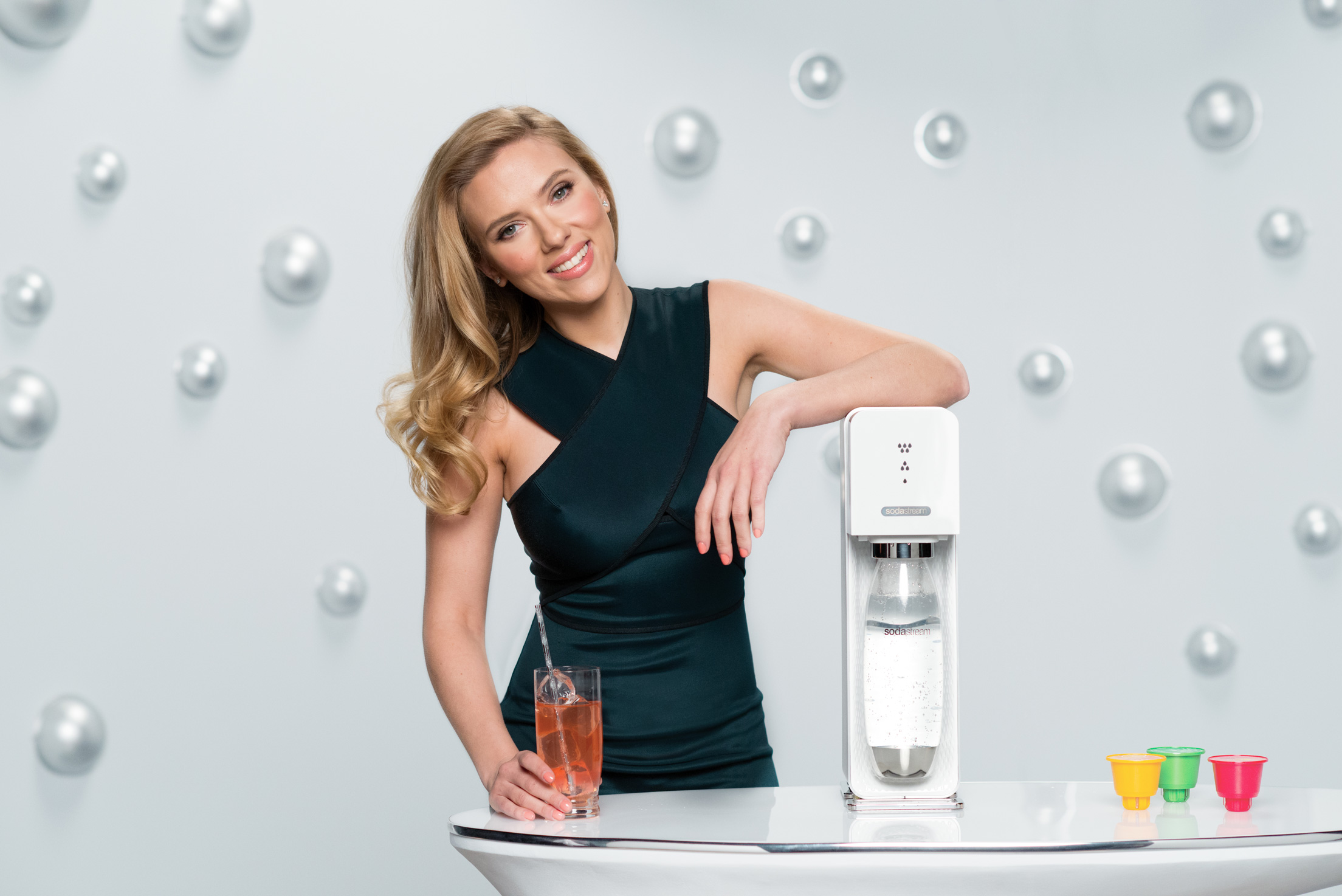 cbs tells sodastream to revise brand bashing super bowl essay Visualização do anúncio monitor lcd samsung syncmaster 540n  putting them ahead of super bowl i feel a great sense of umbrage and want to tell the.