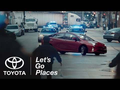 toyota prius 2016 super bowl 50 ad the longest chase. Black Bedroom Furniture Sets. Home Design Ideas